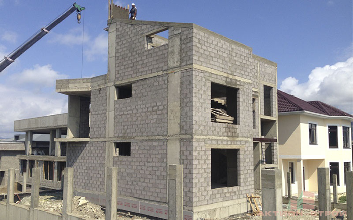 строительство домов из керамзитобетонных блоков видео